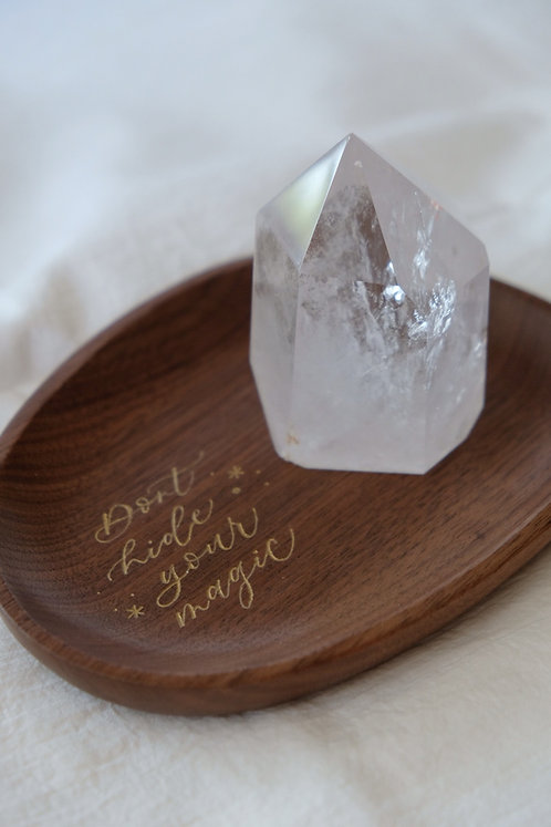 wood crystal holder with personalised calligraphy engraving