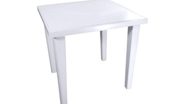 Mesa cuadrada tradicional