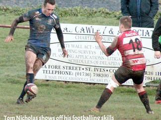 St Ives Grab Bonus Against Paignton