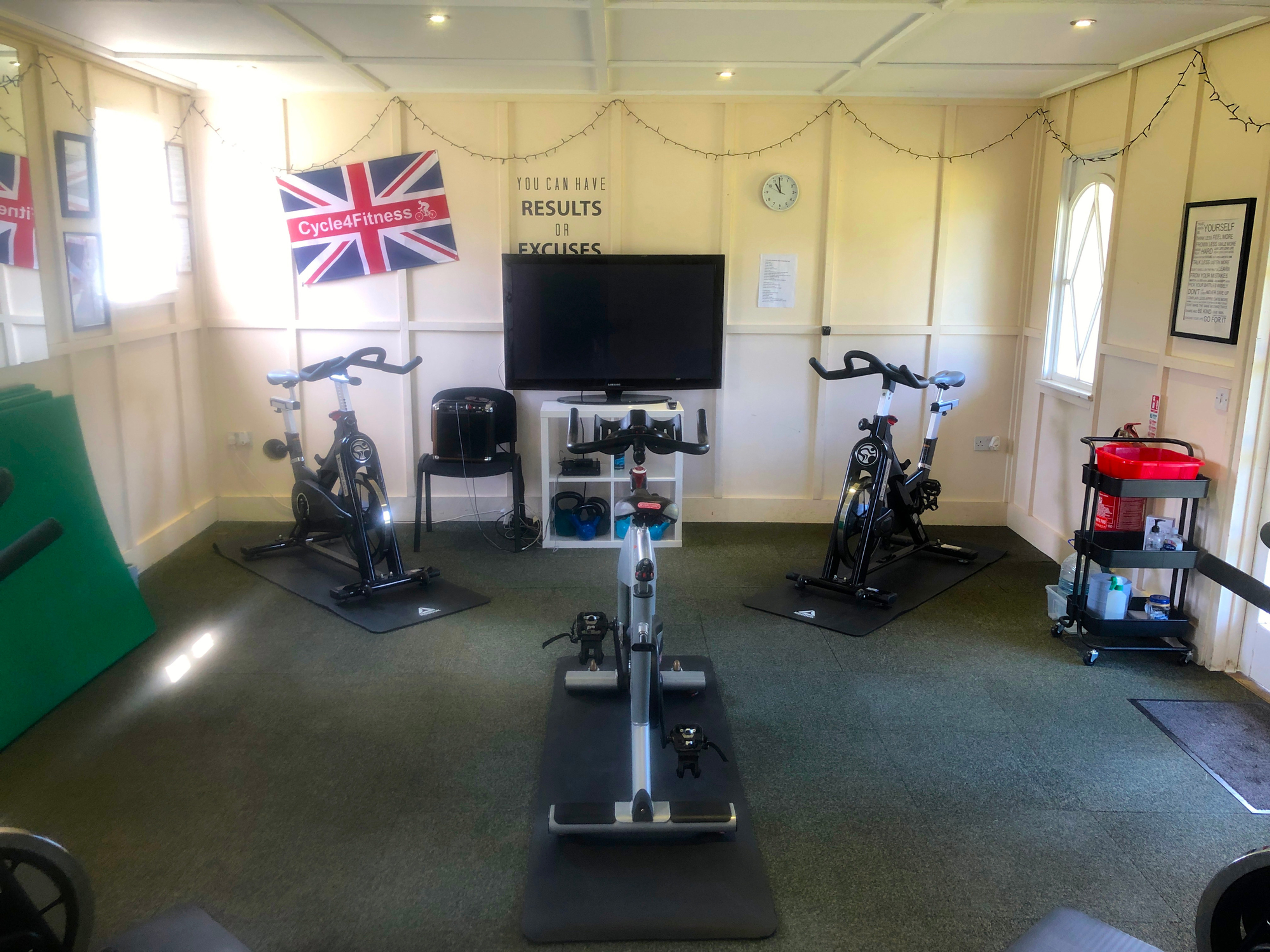 45 Min Indoor Cycling Class