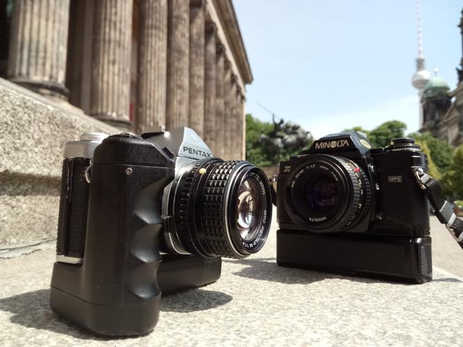 Minolta X700 vs. Pentax ME