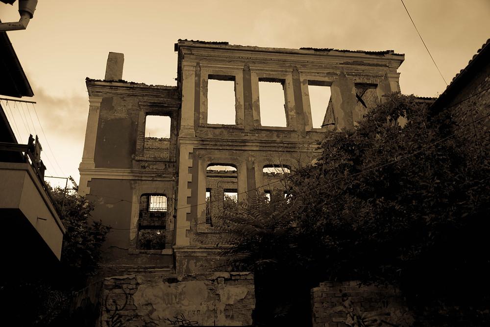развалины дома