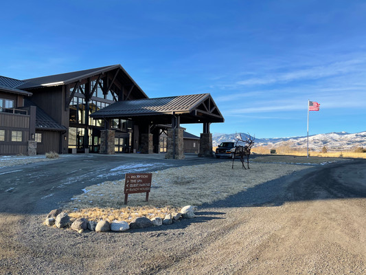 Five Reasons to Stay at Sage Lodge Resort in Montana