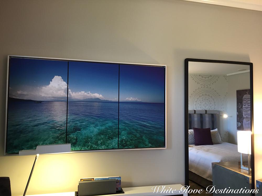 Loews Royal Pacific Resort Standard Bedroom