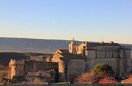 sightseeing tours Visite Château de Gordes Provence Luberon
