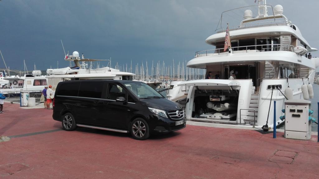 Voiture avec chauffeur à St Tropez