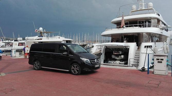 Voiture avec chauffeur à Saint-Tropez