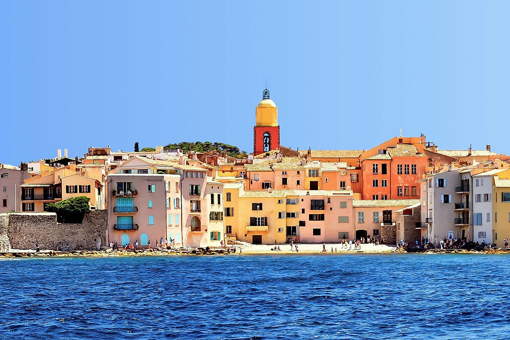 Grand opening season May 1st ! Don't forget your car hire with driver in Saint-Tropez available 24h day