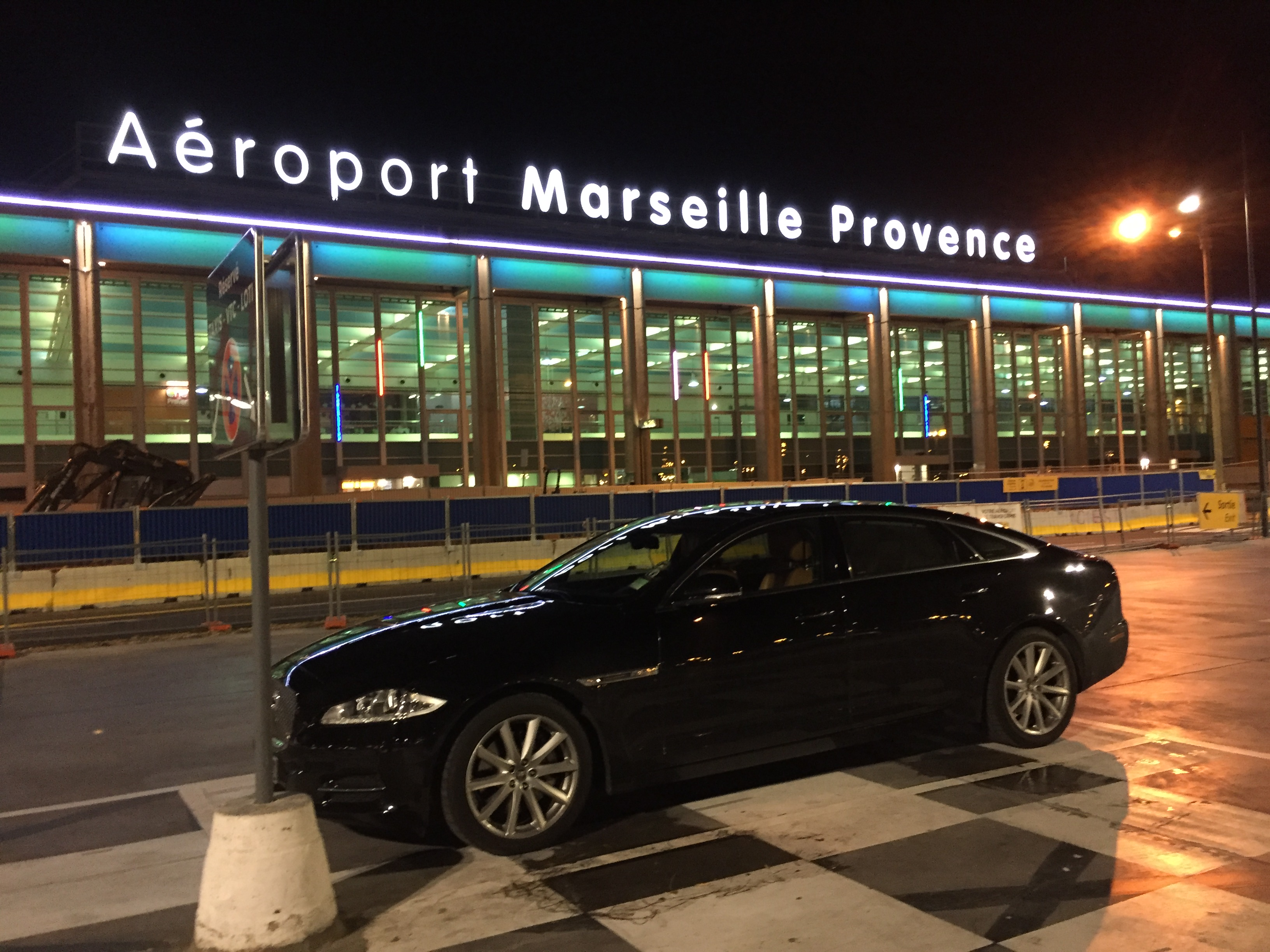 Location Jagaur XJL avec chauffeur Marseille