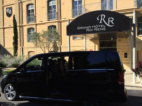 Marseille Transfert Vip voiture Mercedes Vito avec chauffeur à Marseille