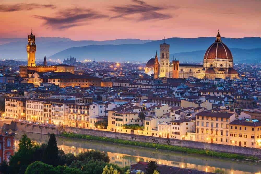 Votre Service de Location de voiture avec chauffeur fera un arrêt de 1 jour pour vous faire visiter Florence