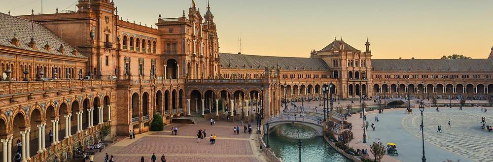 Votre Service de Location de voiture avec chauffeur fera un arrêt de 2 jours pour vous faire visiter Séville