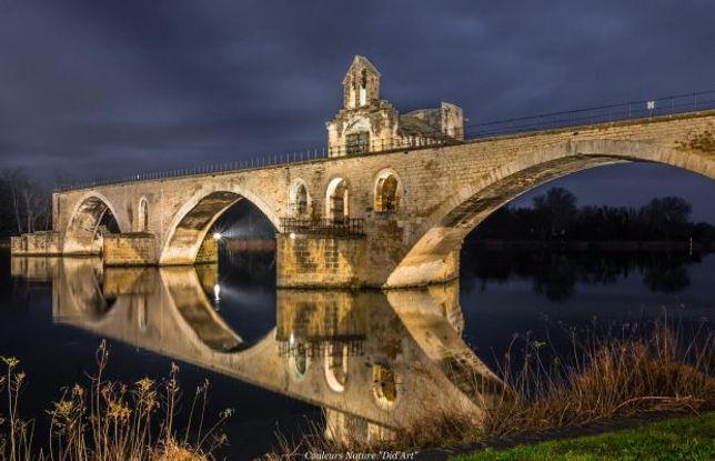 sightseeing tours Pont Saint Benezet Avignon
