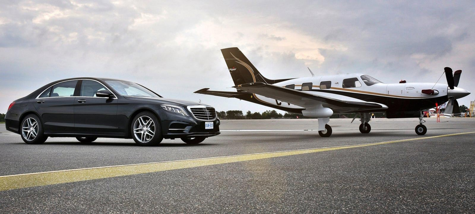 Your Car rental with driver at your airport Tarmac