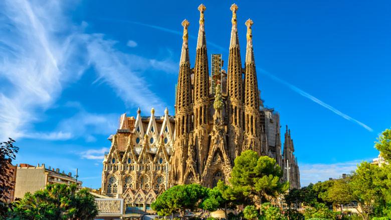 Votre Service de Location de voiture avec chauffeur fera un arrêt de 1 jour pour vous faire visiter Barcelone