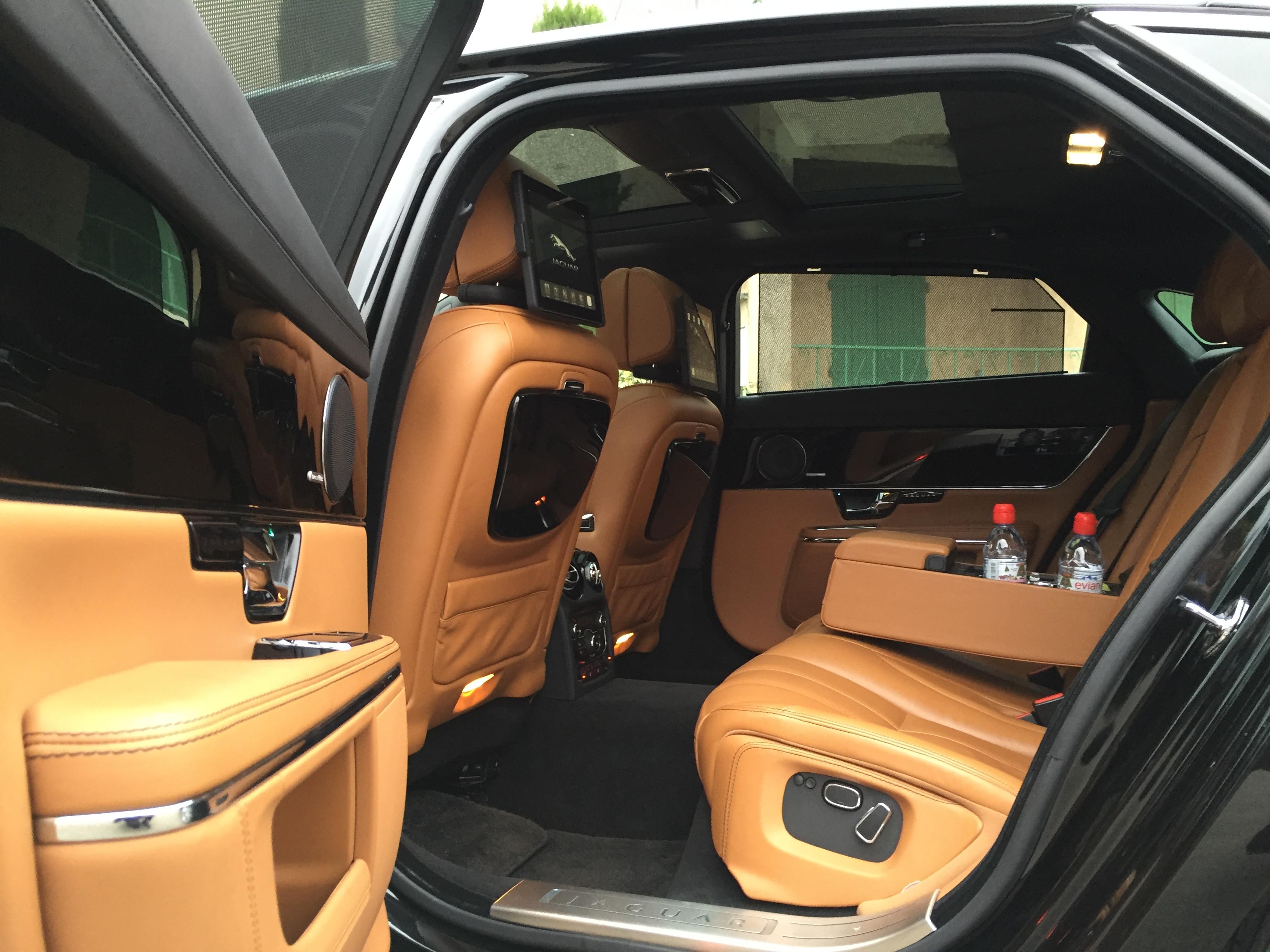 Jaguar XJL limousine avec chauffeur