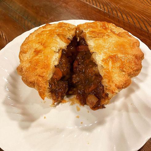 Pie_Steak and Mushroom.jpg