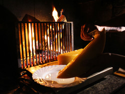 Raclette vom Holzfeuer