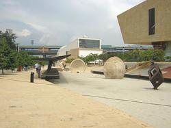 1200px-Parque_de_los_Deseos-Arenal(2)-Me