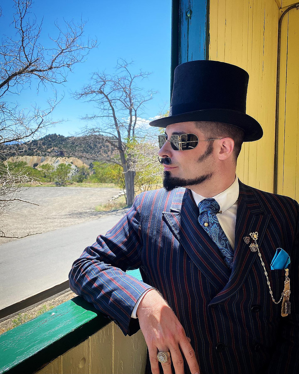 Special Guest interview with Richard-Lael Lillard- AKA The Gentleman Psychic