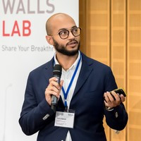 Thamir wins the thrid prize in the falling walls competition
