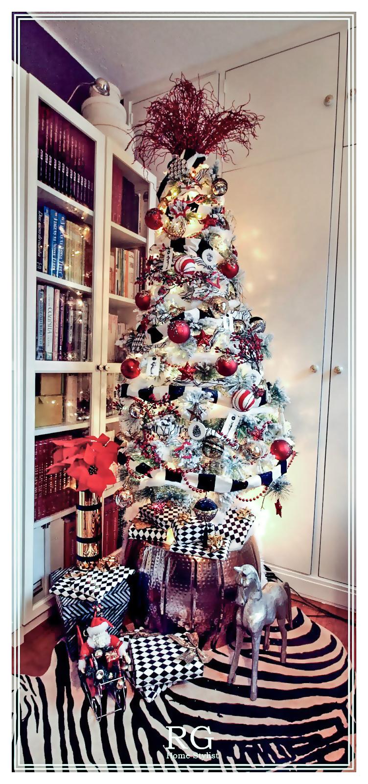 Rocking Horse Christmas tree