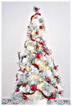 The Red and White Xmas tree