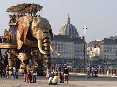 5edf1edb7a9e4_elephantnantes.jpg