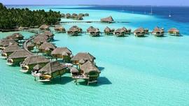 1030_FL-tropical-beach-vacation-Le-Tahaa
