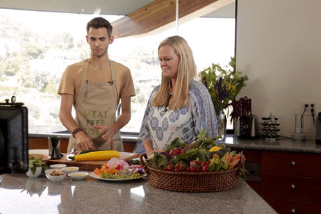 Logan Call in the Kitchen with Kristen White Mandala
