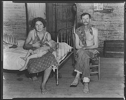 Walker Evans   Bud Fields with his second wife, Lily Rogers Fields and their daughter. Hale County, Alabama