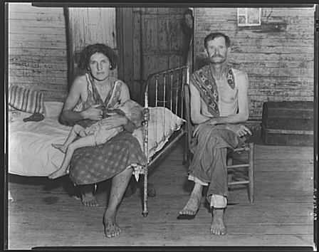 Walker Evans | Bud Fields with his second wife, Lily Rogers Fields and their daughter. Hale County, Alabama