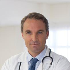 Doutor que desgasta um laço