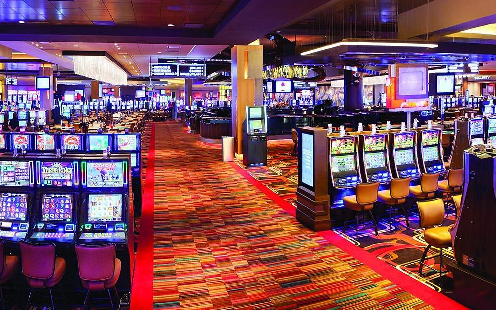 Mengapa Orang Indonesia Suka Bermain Game Judi Casino Online