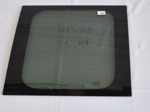 Toyota Quantum Middle Glass (RH)
