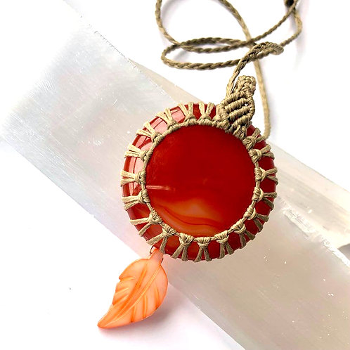 Carnelian and Mother of Pearl Macrame Necklace