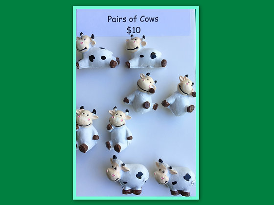Miniature Packs: Cows - for Barrier Games and Sand Play