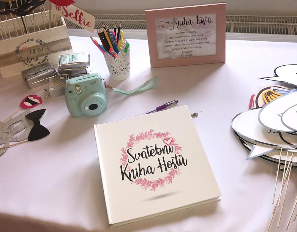 Svatební kniha hostů - na svatbě