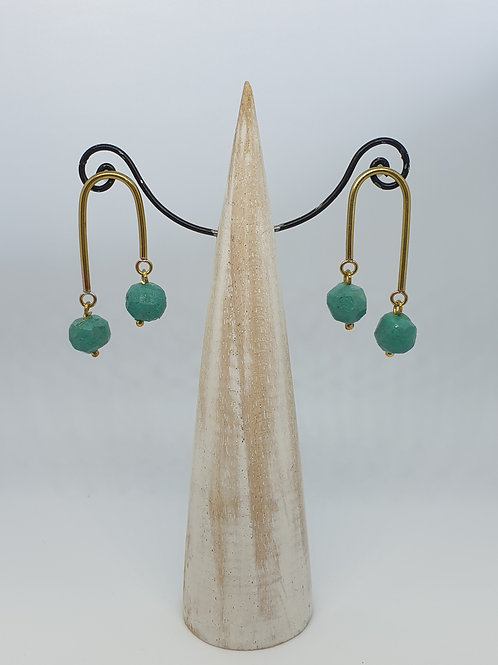 Nugget Arc  stud earring Emerald