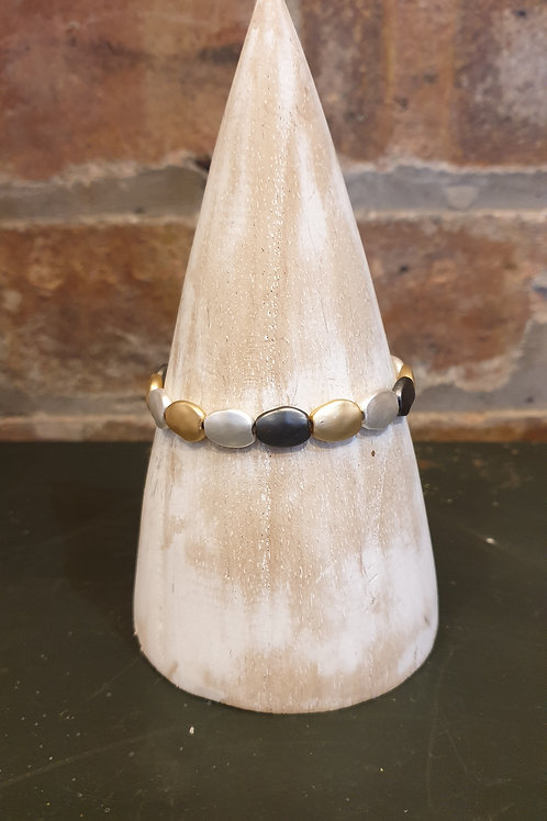 Pebble Shaped Bracelet