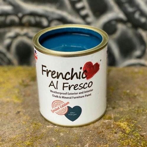 Al Fresco After Midnight