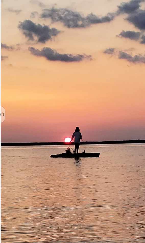 Zane kayak.png