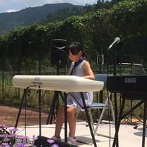 live-girl2.jpg