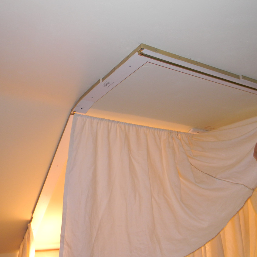 Install Gathered Curtain