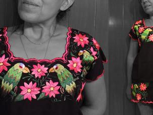 Blusas de bordado artesanal | Embroidery blouses