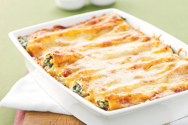 Cannelloni with spinach and ricotta