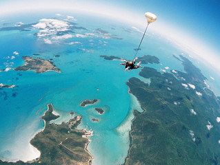 The Bucketlist - SKYDIVE Whitsundays