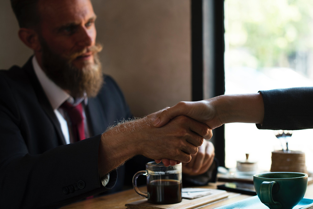How to Close Deals Without Coming Off as Salesy