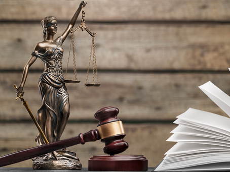 What is the Difference Between an Attorney and a Lawyer?