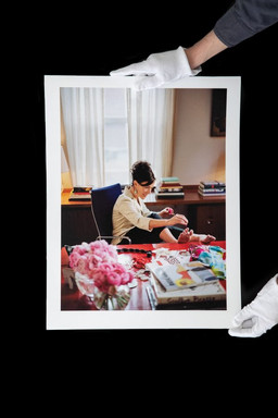 George Lange photographs fashion designer Kate Spade